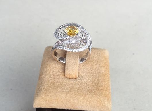 yellowsapphire1