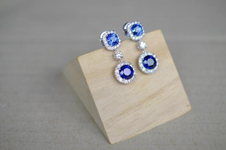 Unheat Royal Blue Sapphire Dangling Earrings